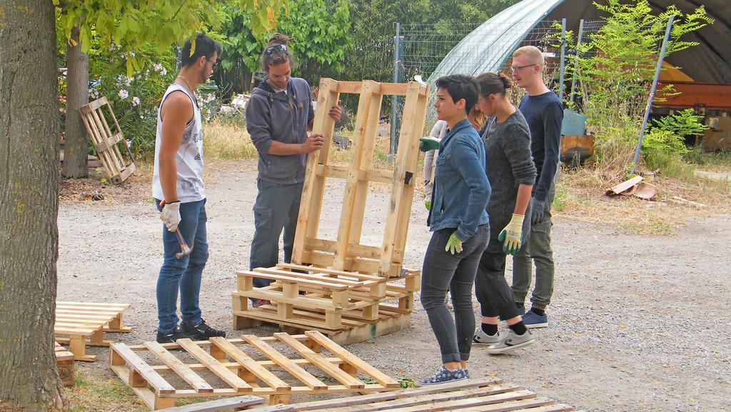 Atelier pédagogique « Mobilier de jardin en palettes et bois ...