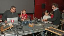 Les enfants mixent les sons